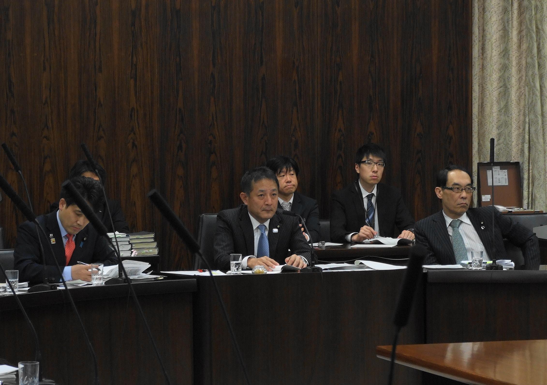 経済産業委員会・予算委員会委嘱審査